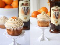 Amarula, Orange and White Chocolate Cupcakes Baking Recipes Cupcakes, Yummy Cupcakes, No Bake Desserts, Delicious Desserts, Yummy Food, Liquor Cupcakes, White Chocolate Cupcakes, Orange Cupcakes, Muffins