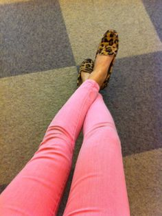 I want to try colored skinnies. This would be really cute with a lace or crochet top...