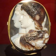 The stunning Gonzaga Cameo, 3rd century BC. Sardonyx, 15.7 x 11.8 cm. Portraits of Ptolemy II and Arsinoe II. Named after its Renaissance owners:  the Gonzaga family of Mantua. -Hermitage Museum-