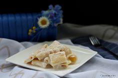 MEZZE MANICHE PROSCIUTTO E STRACCHINO, primo piatto facile e veloce!  http://blog.giallozafferano.it/crisemaxincucina/mezze-maniche-prosciutto-e-stracchino-ricetta-facile-e-veloce/