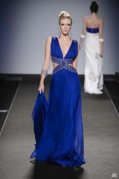 "agameofclothes: "" Renato Balestra for Nymeria "" Couture Fashion, Runway Fashion, Fashion Show, Fashion Models, Fashion Trends, Beautiful Gowns, Beautiful Outfits, Color Azul Rey, Blue Dresses"