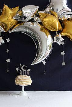 Mettalic Silver Star Banner – Vanessa D. – Mettalic Silver Star Banner Love the star and moon party theme. Blue Party Decorations, Ramadan Decorations, Eid Party, Festa Party, Islamic Celebrations, Star Banner, Star Garland, Party Garland, Outer Space Party