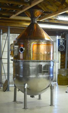 Seattle Distilling Company's hand built artisanal still. Aka, The Rocket and source of inspiration for The Rocket Vodka, our first spirit. Whiskey Distillery, Whisky, Beer Brewing, Home Brewing, Distilling Alcohol, O Gin, Brewery Design, Moonshine Still, Home Still