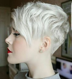 """FIIDNT short hairstyles on Instagram: """"Do u love this new fresh cut on @sarahb.h Respond with one word and an emoji ❤"""""""