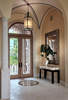 Now thats a foyer! Classic Contemporary Foyer by Jacquelyn Armour on HomePortfolio Dream House Plans, My Dream Home, Foyer Decorating, Interior Decorating, Decorating Tips, Door Design, House Design, Estilo Interior, Foyer Lighting