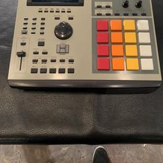 Lux Desk Stand for MPC Live | Mixingtable com | stuff I like in 2019