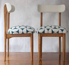 PAREJA de sillas mid-century madera #ReupholsterChair #chairsmadera