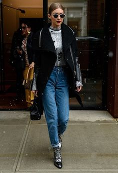 Right now is about fresh updates on your cold-weather staples. Trade in your winter woolly for a distressed high-neck jumper in a space-age metallic hue. Pair with matching gun-metal booties to amp up that SS17 future thing and slouchy mom jeans to make it day-casj. Add a stroll-worthy, thick wide-collar coat, a drawstring bag and finish with silver-rim sunnies and a slick of matte cherry lippie