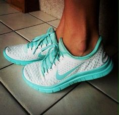 WHITE AND TIFFANY BLUE NIKES!