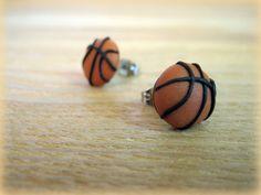 Items similar to Sporty Girl Earrings. Basketballs on Etsy Diy Earrings Polymer Clay, Polymer Clay Charms, Girls Earrings, Cute Earrings, Handmade Wire Jewelry, Earrings Handmade, Biscuit, Cute Clay, Sporty Girls