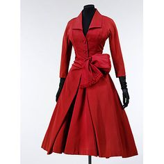 I need to make this.  Christian Dior Dress from 1955. Silk grosgrain, lined with silk, nylon and organza net, and tulle; with metal coil 'boning' in the bodice.