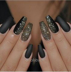 Black matte glitter coffin nails