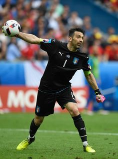 Gianluigi Buffon of Italy in action during the UEFA Euro 2016 Round of 16 match between Italy and Spain at Stade de France on June 27, 2016 in Paris, France.
