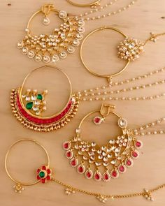 Nose Jewelry, Jewelry Design Earrings, Gold Earrings Designs, New Gold Jewellery Designs, Indian Jewellery Design, Designer Jewellery, Fashion Earrings, Fashion Jewelry, Fancy Jewellery