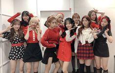 Nayeon Bias Wrecker Yuehua Entertainment, Starship Entertainment, Xuan Yi, Cheng Xiao, Cosmic Girls, Girl Bands, Extended Play, Nayeon, Korean Girl Groups