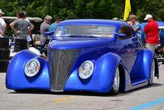 1937 Ford custom hot rod