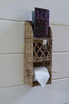 New Bathroom Small Cottage Towel Racks Ideas Bathroom Vanity Designs, Bathroom Art, Small Bathroom, Rattan, Wicker, Bathroom Shower Organization, Ikea Storage Cabinets, Rectangular Baskets, Newspaper Crafts