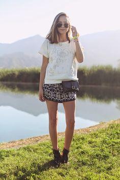 Bethany Struble with the Black Flat Belt Bag (Silver) Coachella 2014, Coachella Festival, Summer Work Outfits, Comfy Casual, Festival Fashion, Festival Style, Black Flats, Ethical Fashion, Pattern Fashion
