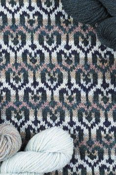 Loch Lomond cardigan design patterncard kit by Jade Starmore in Hebridean 2 Ply Fair Isle Knitting Patterns, Knitting Charts, Knitting Stitches, Knit Patterns, Color Patterns, Knitting Ideas, Cardigan Design, Hand Knitting Yarn, Loch Lomond