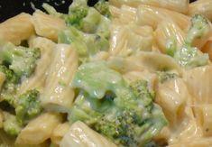 Receita de Macarrão com brócolis e requeijão (a sua escolha). Enviada por Franciele e demora apenas 1 MIN.