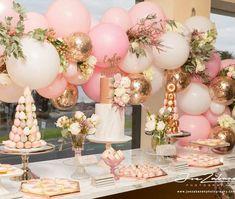 Party balloon decor from Boutique Balloons Melbourne (@boutiqueballoonsmelbourne)