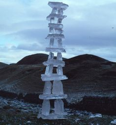 Do Andy Goldsworthy's beautiful ice and snow sculptures give you chills? Checked out his work, it is pretty cool...
