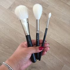 MAC 135, 137, 221 Face & Eye Brushes | Mini Review | KWAN BOW | Beauty, Fashion & Lifestyle