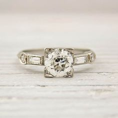 A Sweet Soiree Blogspot: How to Buy An Engagement Ring - Knowing The 5 C's of Diamonds