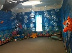 perfect stage set idea for ocean commotion vbs 2016 Vbs Themes, Ocean Themes, Decoration Creche, Submerged Vbs, Underwater Theme, Underwater Crafts, Underwater Bubbles, Ocean Room, Vbs 2016