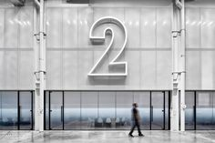 Nike Ups Its Street Cred in NYC With a New Office by Studios Architecture – Office İnterior Workspaces Factory Architecture, Studios Architecture, Architecture Office, Interior Design Magazine, Office Interior Design, Office Interiors, Nike Office, Glass Office, Loft Studio
