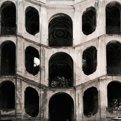 {Strange}  San Felice // #Naples