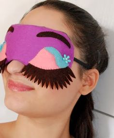 Sleep mask Purple by Lovelyart  antifazes Desayuno con Diamantes  #BreakfastatTiffany's #sleepmask http://lovelyartclaudia.blogspot.com.es