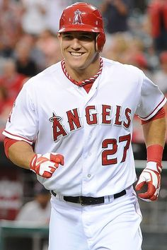 Mike Trout … Super hot :) baseball players are definitely the hottest ! Angels Baseball, Baseball Boys, Better Baseball, Baseball Jerseys, Baseball Posters, Baseball Gifts, Baseball Cards, Hot Baseball Players, Mlb Players