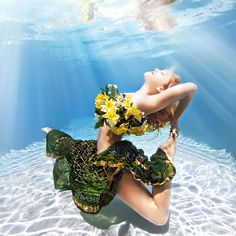 Kino! Underwater-Yoga-Photographs-10