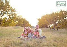 lindseyfaith photography; family photographer; family portraits; central arkansas photographer