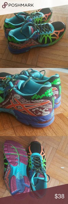 Asics gel Noosa tri 9 triathlon sneakers In great pre owned condition  Worn once or twice Asics Shoes Sneakers