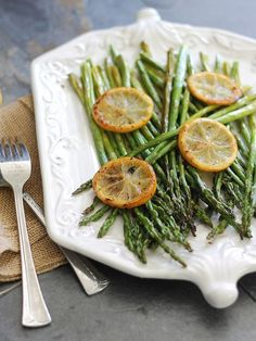 Lemon roasted asparagus--made it & it tastes FABULOUS! Used ground cayenne pepper instead of pepper flakes