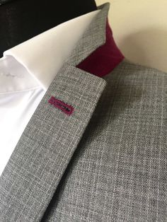 Contrasting undercollar and lapel buttonhole detailing. The Whipped Cat Bespoke Tailors make Savile Row Quality Bespoke Suits for personal and corporate clients throughout the UK. Contact us now to book a consultation with one of our Travelling Tailors. Please call: 01728 726545 or email: enquiries@thewhippedcat.com