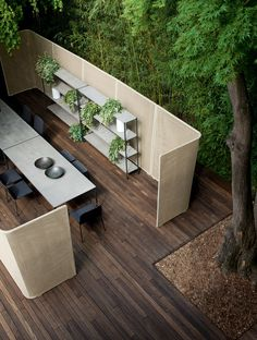 Garden partition ABRI by Paola Lenti | design Francesco Rota