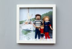 Needle felted, personalized dolls, family portrait in frame Family Portraits, Needle Felting, Polaroid Film, Dolls, Frame, Family Posing, Baby Dolls, Picture Frame, Puppet