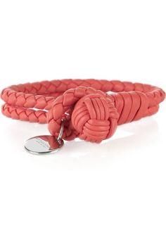 Color Malibu #Rojo #Coral www.facebook.com/malibuespana... Ron de coco Malibu - Coral - Coral