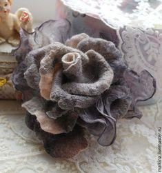 """Броши ручной работы. Ярмарка Мастеров - ручная работа. Купить Серая брошь-роза """"Лондонское утро"""". Handmade. Серый"""