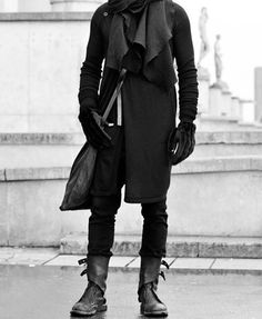 very cool street style. live this Rick Owens boots in white leather2 #menfashion #streetstyle #rickowens #bootsadrianalacko