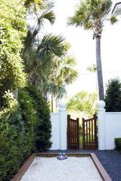 Sullivan's Isle Style via Charleston Home | The English Room