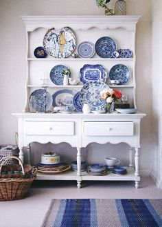 The fancy blue white dishes in the old white armoire. White Dishes, White Plates, Blue Plates, Blue And White China, Blue China, Charles Eames, White Armoire, White Sideboard, Antique Sideboard
