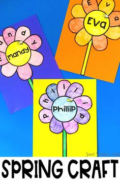 Simple flower craft to welcome spring that is personalized with your students names! In the time it takes you to enter your name list into the form field, create 20 unique flowers! Perfect for a spring bulletin board. Teaching Activities, Teaching Kindergarten, Teaching Resources, Teaching Ideas, Preschool, Spring Bulletin Boards, Welcome Spring, English Language Arts, Letter Recognition