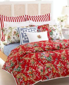 ralph lauren bedding...I have this in my master BR...except I hav the red flowered pillow shams