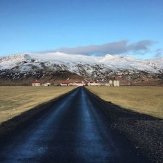"""Every day is a journey and the journey itself is home."" - Matsuo Basho #Iceland #countryside #nature #travel ( @jeffsantosbr) Hotels-live.com via https://www.instagram.com/p/BCK3BvNDyo6/"