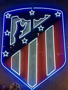 Atletico Madrid Logo, At Madrid, Soccer Art, Antoine Griezmann, Football Wallpaper, Messi, My Images, Hd Wallpaper, Red And White