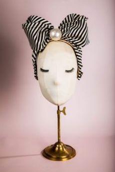 """Wednesday"" silk headband by Anya Caliendo. ""Elysium"" Collection ""Wednesday"" silk headband by Anya Caliendo. Fascinator Headband, Fascinators, Headpieces, Idda Van Munster, Turban Style, Custom Drapes, Head Accessories, Edwardian Fashion, Headband Hairstyles"